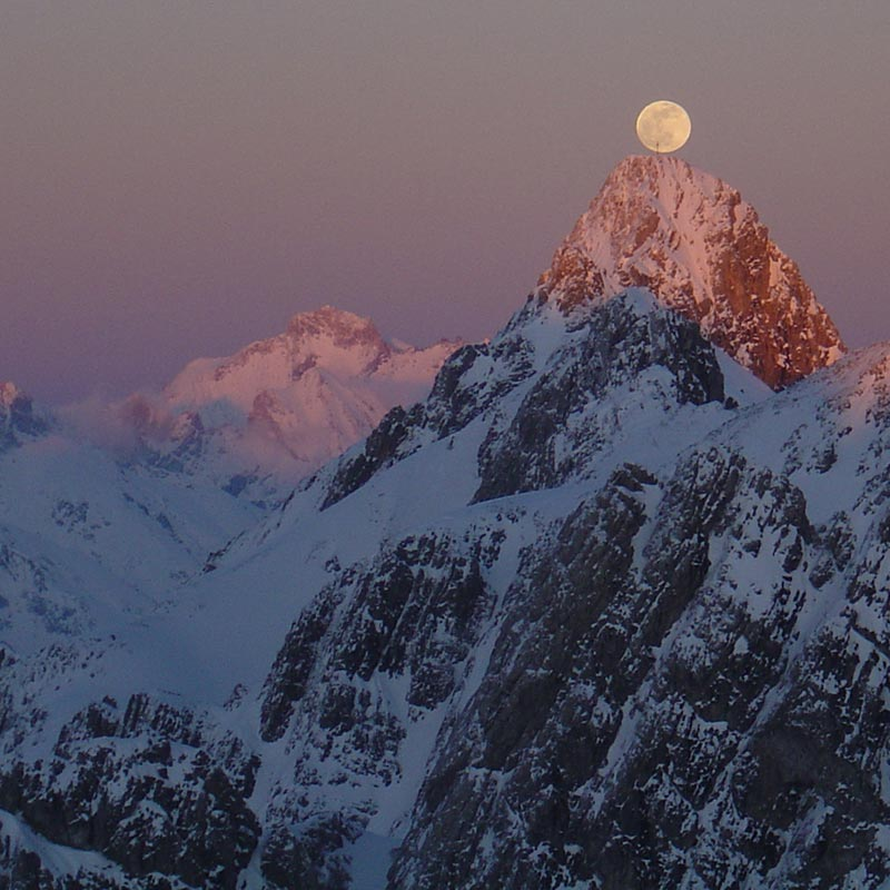 Alpenglow Ski