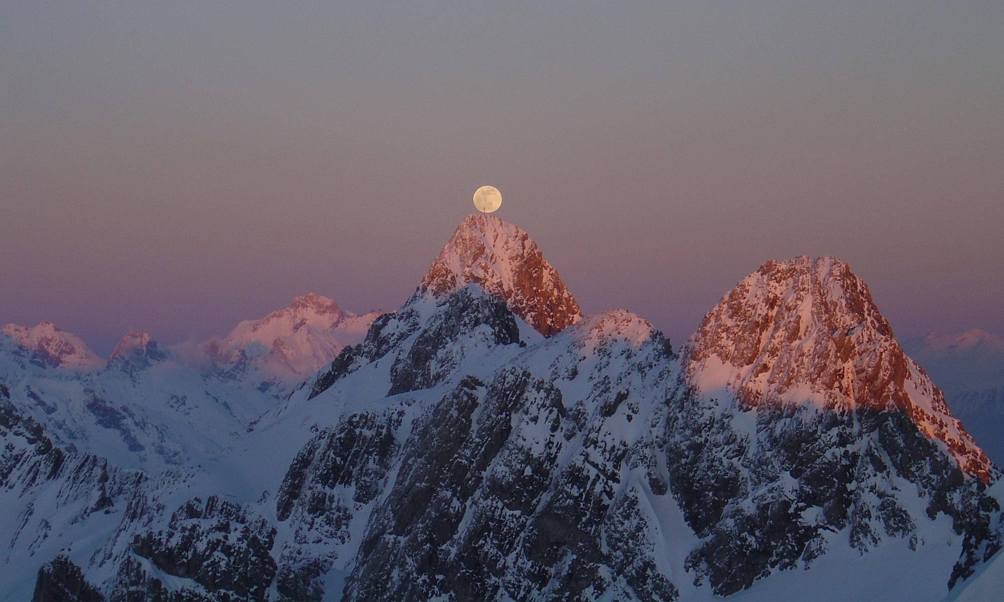 Alpenglow Ski website design